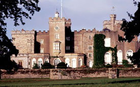 B&B ideally located for Powderham Castle